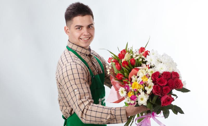 Наша доставка цветов по Запорожью знает, какие цветы дарить в сентябре