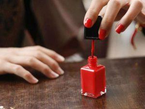 Опасны для жизни: в лаки для ногтей добавляют высокотоксичные вещества
