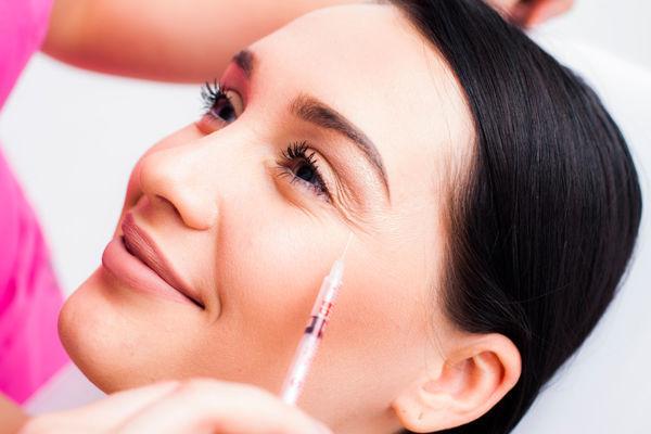 9 косметологических процедур, которые не стоит делать от слова «совсем»