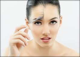 Морщинки на лбу: профилактика и 3 метода для избавления