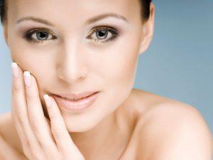 Как ухаживают за своей кожей дерматологи с мировым именем? Раскрываем секреты