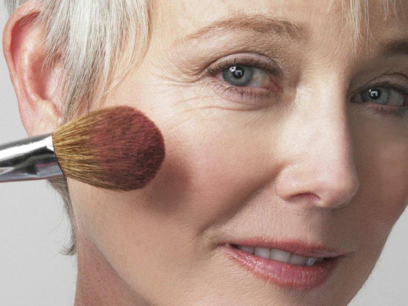 Лифтинг-макияж: секреты от звездных визажистов России