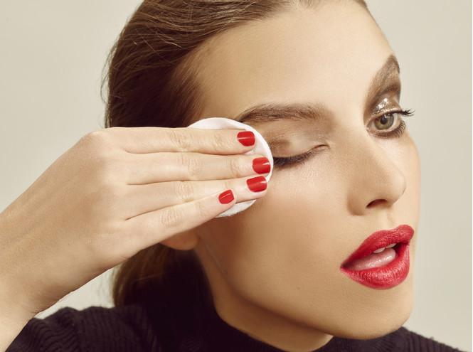 Можно ли очистить лицо тоником? Личный взгляд на проблему очищения кожи
