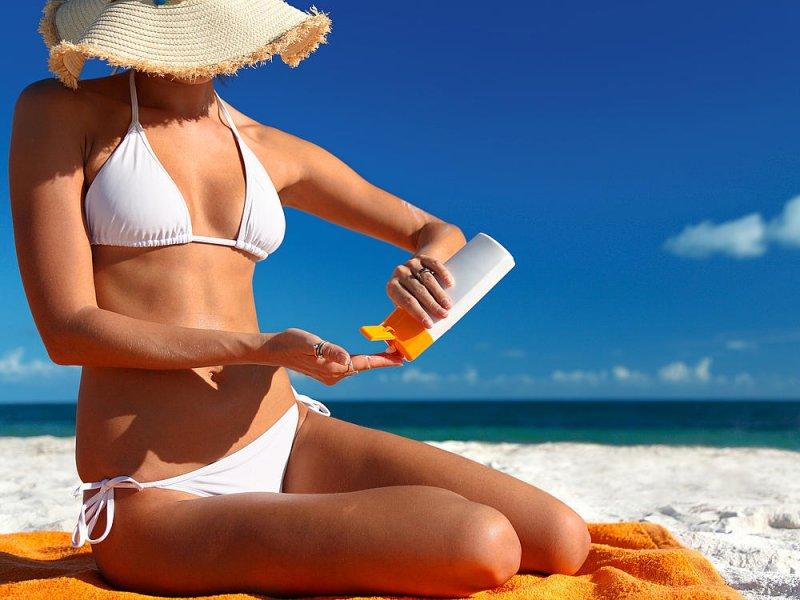 Солнцезащитные крема доставляют в организм токсичные материалы