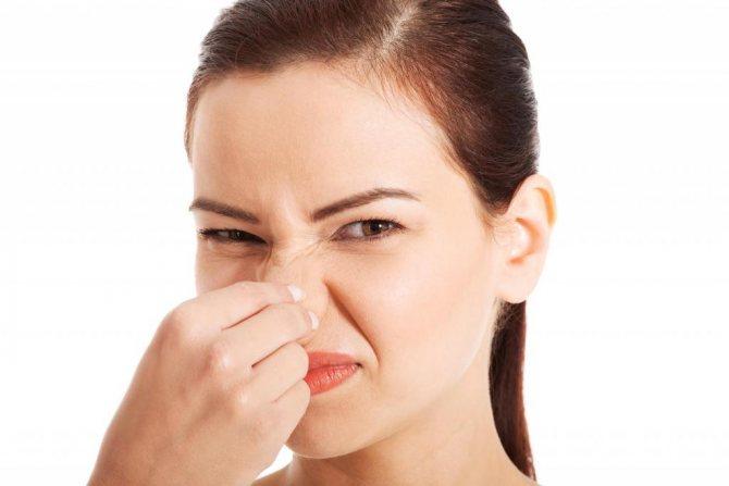 Дерматолог объясняет как избавиться от неприятного запаха тела