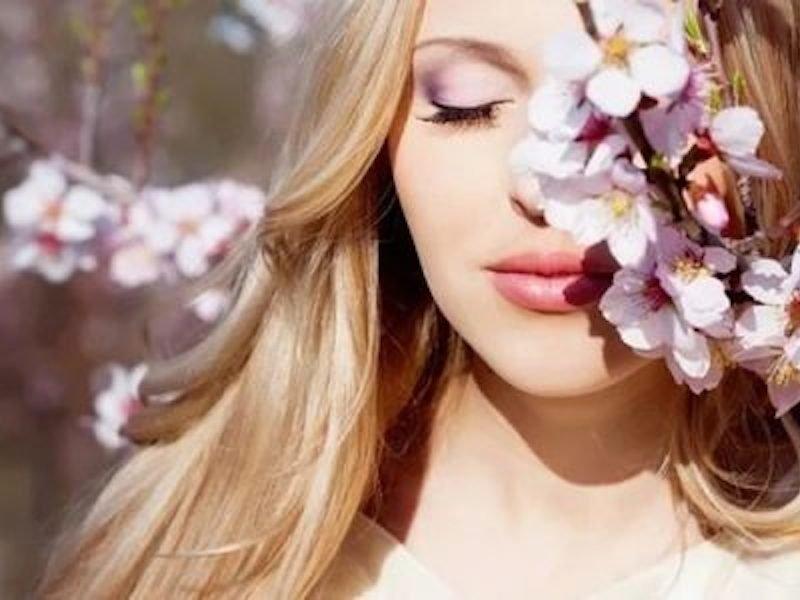 Сохранить идеальную причёску: как сберечь и защитить волосы весной и летом?