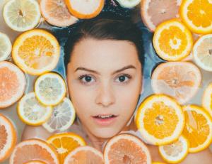Чем раньше, тем лучше: 5 причин начать посещать косметолога до первых морщин