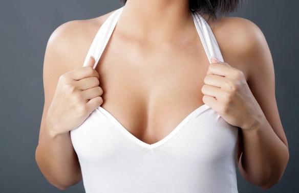 Как надолго сохранить упругость груди, посоветовали медики
