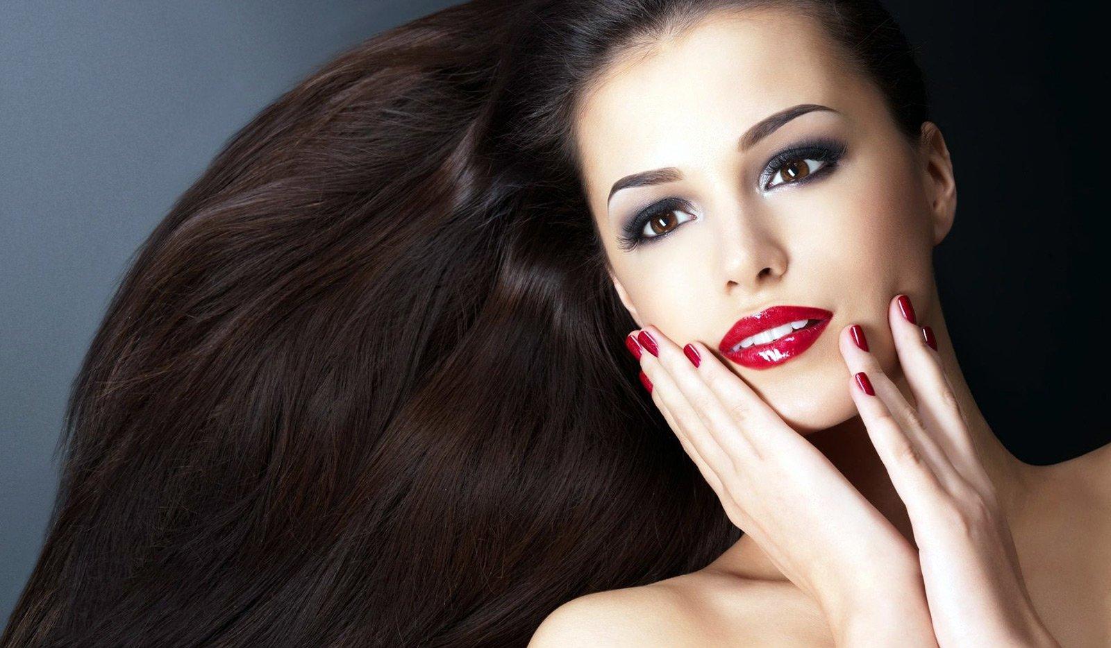 Волосы, ногти, кожа. Как дефицит витаминов и минералов портит внешность?