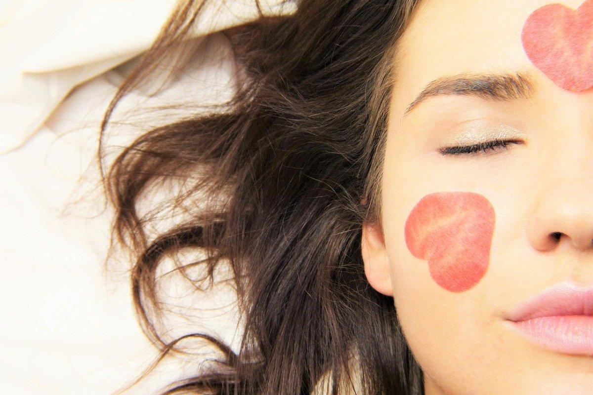 Витаминные ингаляции в косметологии: 4 причины начать их выполнять
