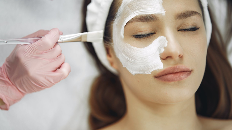 Косметолог рассказала о правилах ухода за кожей лица