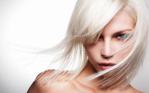 Избавляемся от желтизны: как освежить блонд к весне
