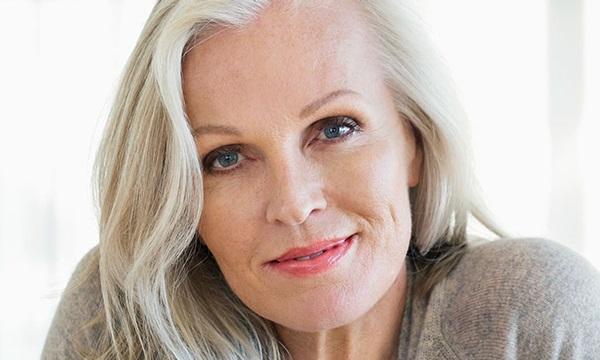 Омолаживающий макияж для женщин зрелого возраста