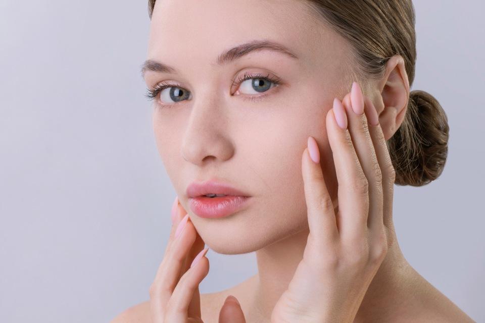 Топ-5 мифов: как не нужно помогать коже