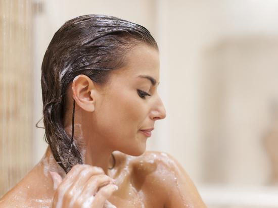 Эксперт раскрыл правильную технику мытья головы