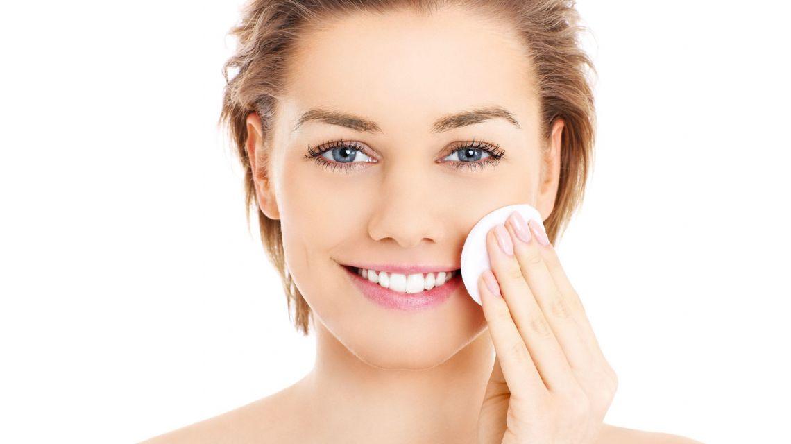 Как сузить поры на лице дома: золотые правила ухода за кожей