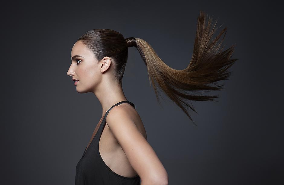 7 неочевидных причин повышенной жирности волос: что с этим делать