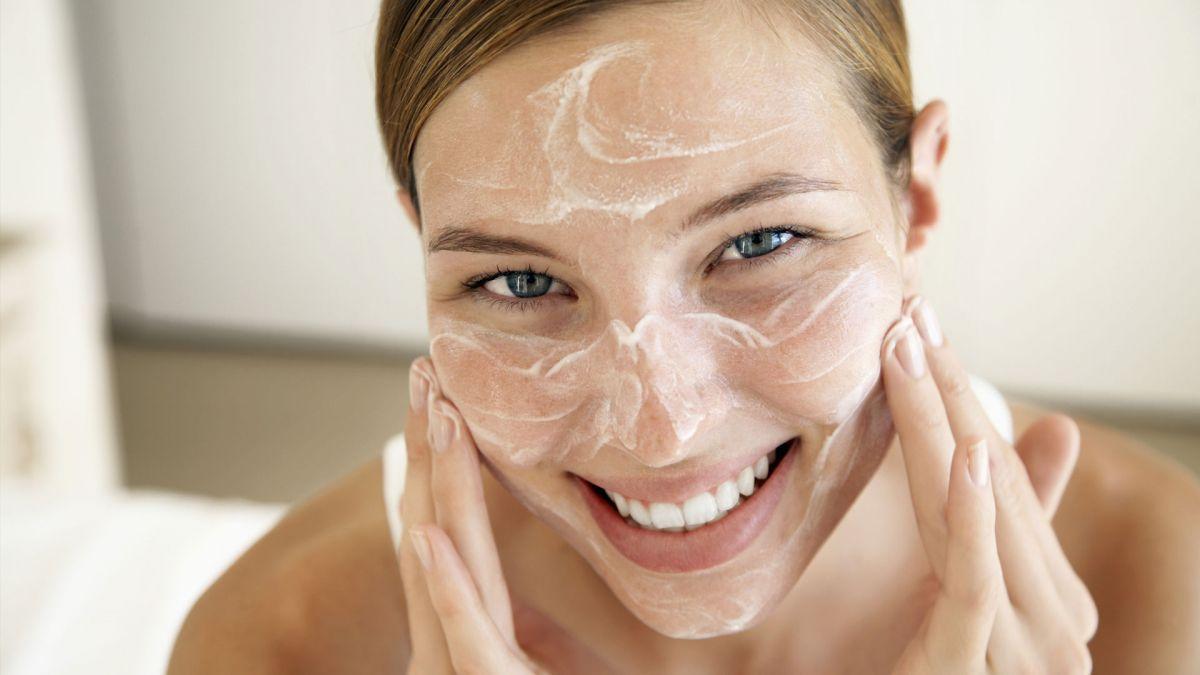 Топ-5 новых очищающих средств для сухой кожи