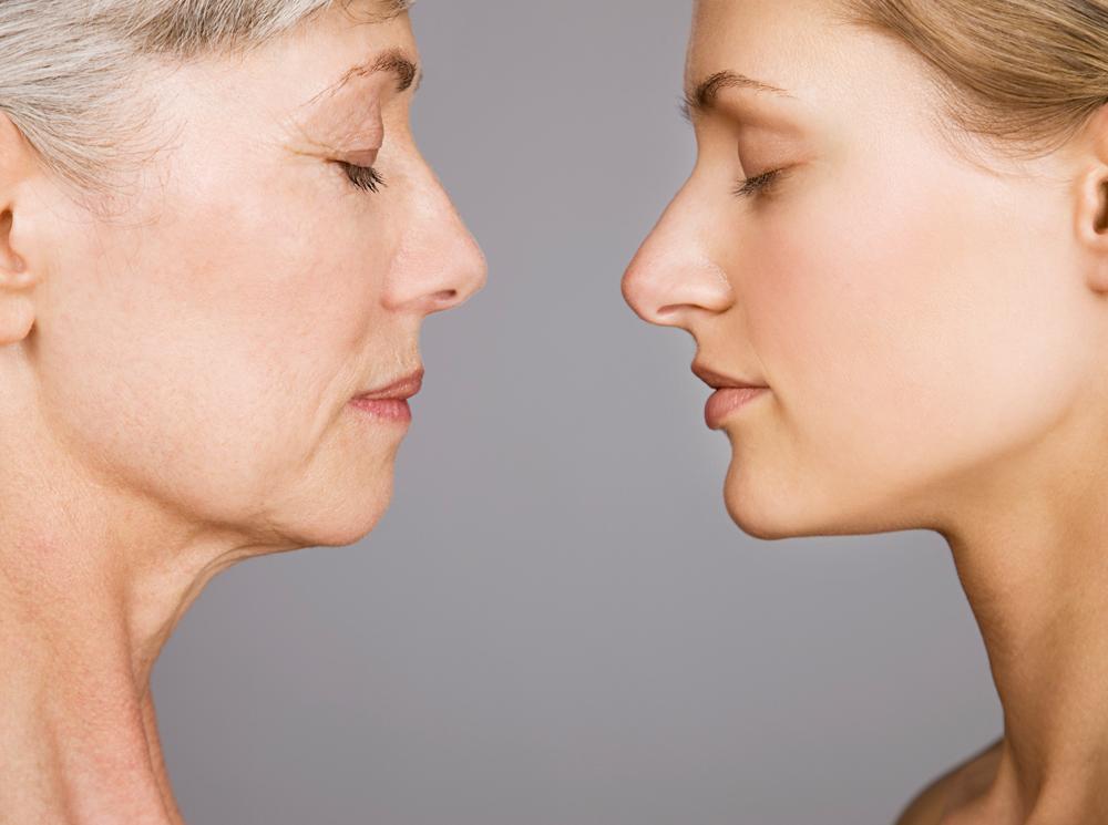 Когда кожа начинает стареть и как за ней ухаживать, чтобы это случилось попозже