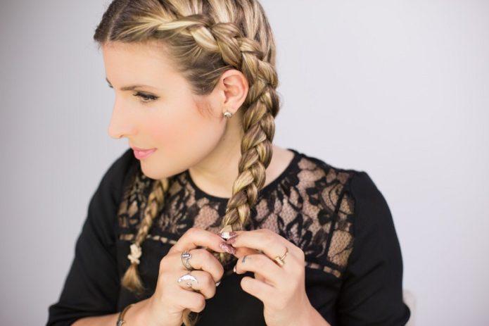 10 причёсок, которые выдают в девушке провинциалку, и чем их заменить