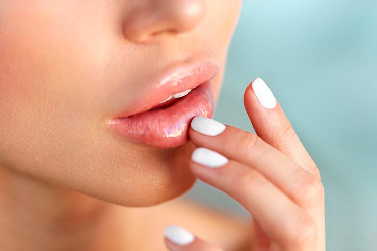 Как увеличить губы и выжить: инструкция из 5 шагов
